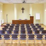 Szent István terem frontális előadáshoz, kényelmesen 80 főig