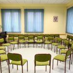 Szent Imre terem, 15-25 fő közötti képzésekre, csoportmunkákra